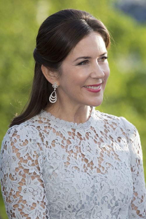 La Princesa Mary de Dinamarca con un beauty look de lo más natural