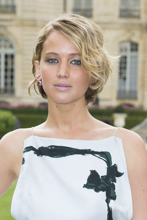 Jennifer Lawrence con corte bob ondualdo