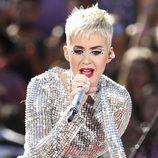 Katy Perry con un make up con brillantes