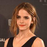 Emma Watson con recogido desenfadado