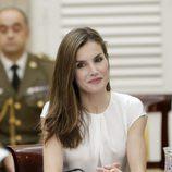 Con el colorete la Reina Letizia aporta color a sus mejillas