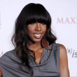 Kelly Rowland con flequillo recto