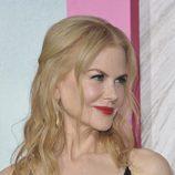 Nicole Kidman con mechones recogidos