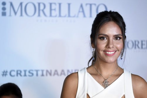 Cristina Pedroche enmarca su mirada con unas cejas arqueadas