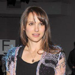 Natalie Portman con flequillo abierto