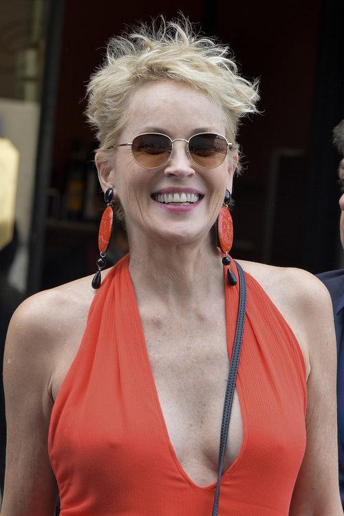 Sharon Stone despeinada en Roma