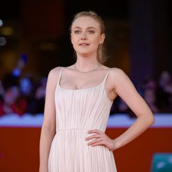 Dakota Fanning en la Premiere de 'Please Stand By' en Roma