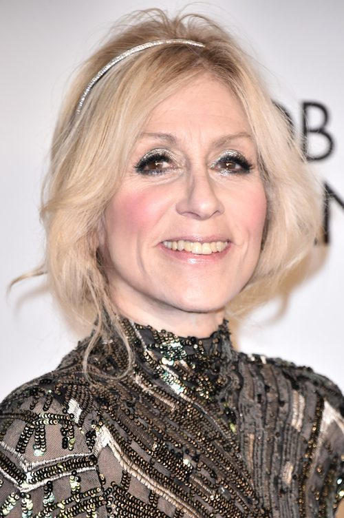 Judith Light con mucho brillo en la Gala de la Fundación Elton John contra el Sida