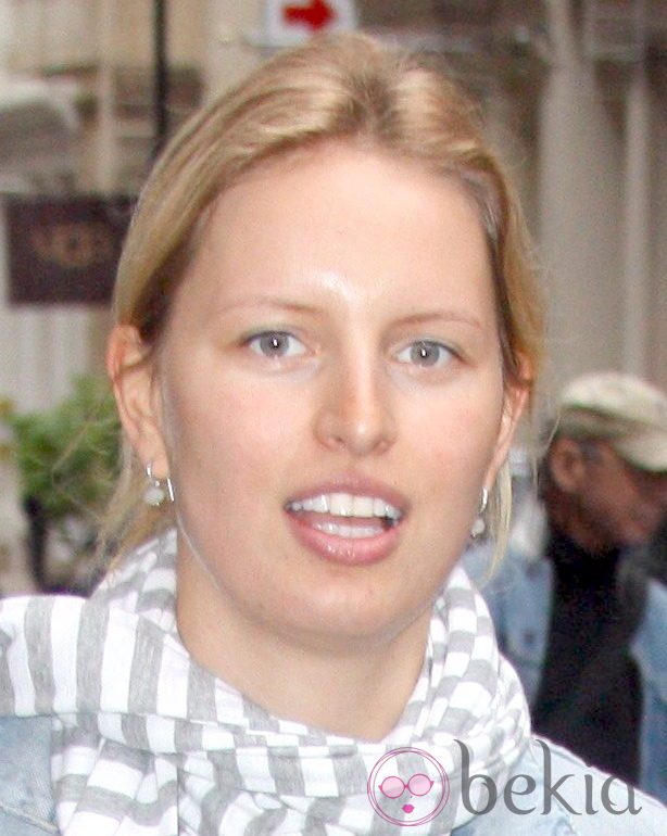 Karolina Kurkova sin maquillaje