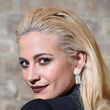 Pixie Lott con peinado efecto mojado en los British Academy Children's Awards de Londres