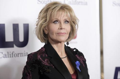 Jane Fonda con un beauty look de 10 en la cena solidaria de ACLU SoCal