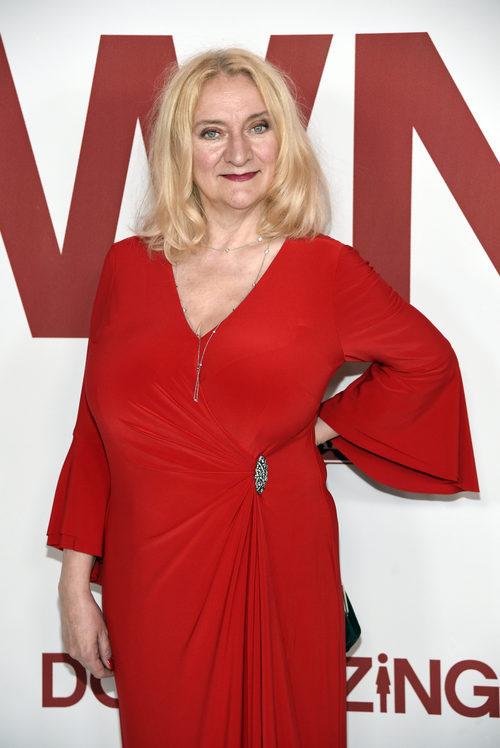 Margareta Petterssen con pelo desaliñado en el pase de la película 'Downsizing' en Los Ángeles.