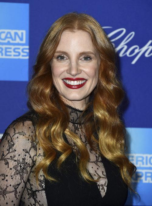 Jessica Chastain en el Festival de cine Palm Springs con un labial rouge