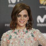 Macarena Gómez con una sombra de ojos brillante en los premios Feroz 2018