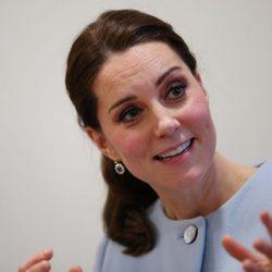 Kate Middleton recoge su melena en una cómoda y rápida coleta