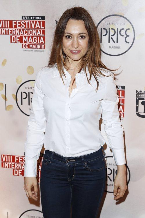 Natalia Verbeke con la melena suelta en el Festival internacional de Magia