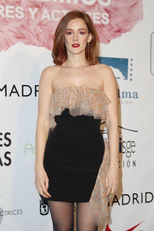 Ana Polvorosa con unas sombra de ojos rosadas en los Premios del Sindicato de Actores y Actrices 2018