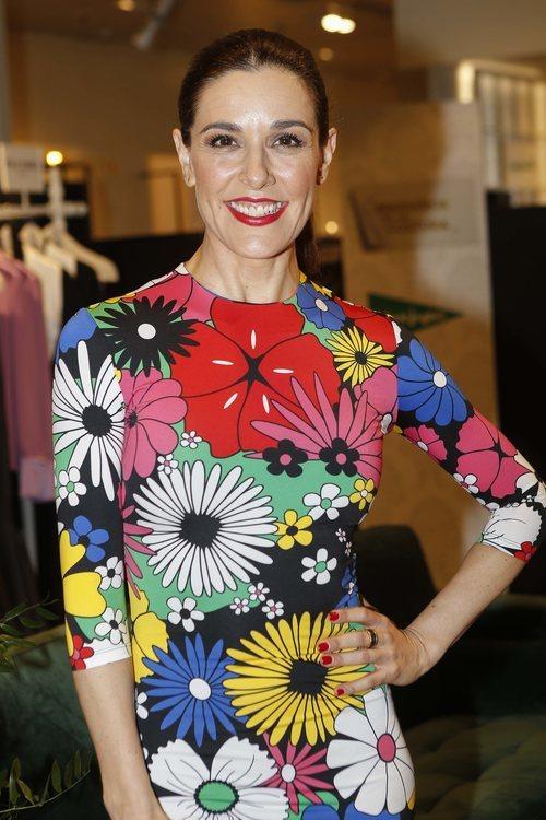 Raquel Sánchez Silva con un labial rojo en el estreno de 'Maestros de la Costura'