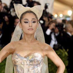 Los mejores peinados de la cantante Ariana Grande