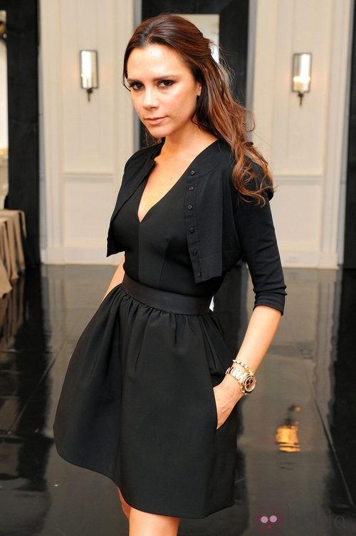 Victoria Beckham con larga melena