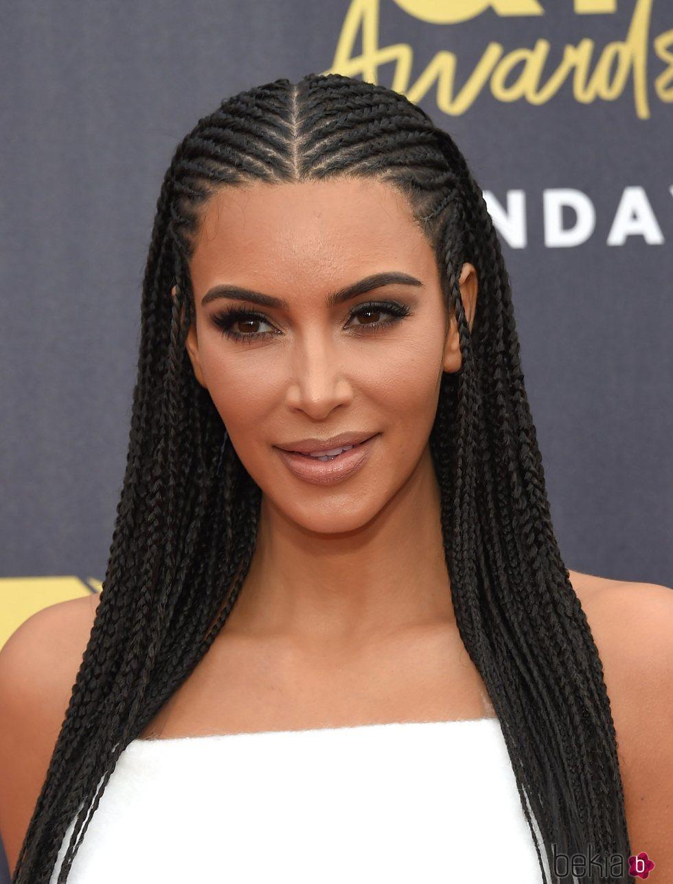 Kim Kardashian Sorprende Con Su Peinado De Trenzas En Los Mtv Movie