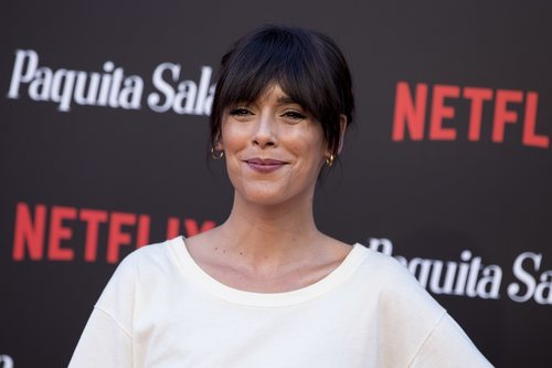 Belén Cuesta con el cabello recogido en la premiere de la segunda temporada de 'Paquita Salas'