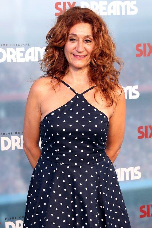 Chiqui Fernández con el cabello rizado en la premiere de 'Six Dreams' 2018