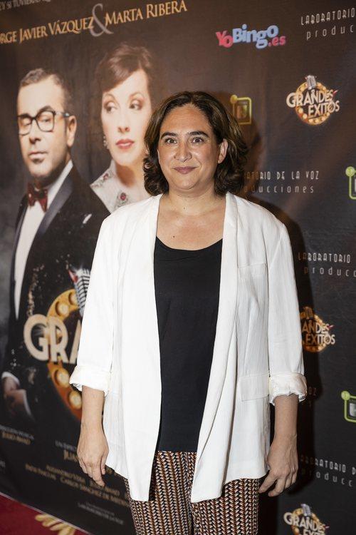 Ada Colau con una melena corta en el estreno de 'Grandes éxitos' de Jorge Javier 2018