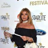 Begoña García Vaquero con un collar brillante en el Festival Starlite en Marbella 2018