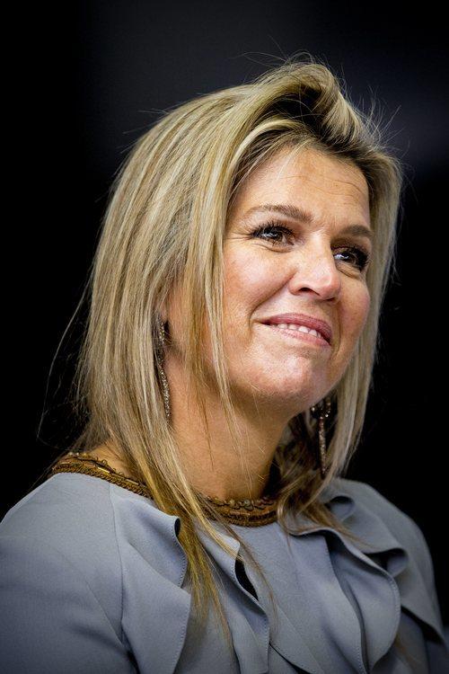 La Reina Máxima de Holanda despeinada en la inauguración de un congreso
