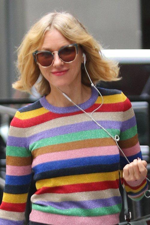 La melena al viento de Naomi Watts haciendo recados por Nueva York