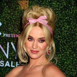 Katy Perry con un maquillaje hortera en la gala FFany 'Shoes on Sale'
