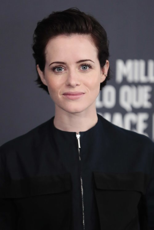 Claire Foy luce un beauty look muy natural