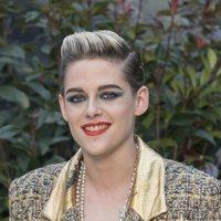 Kristen Stewart sobrecarga su beauty look