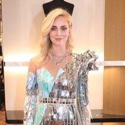 Chiara Ferragni en la Semana de la Alta Costura de París con un maquillaje nude