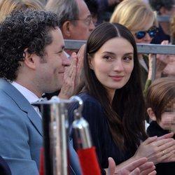 María Valverde sin maquillaje en la ceremonia de entrega de la estrella del Paseo de la Fama a Gustavo Dudamel