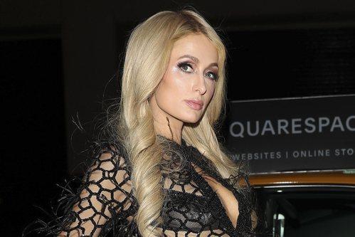 Paris Hilton por la noche en New York