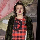 Helena Bonham Carter con pintalabios rosa fucsia