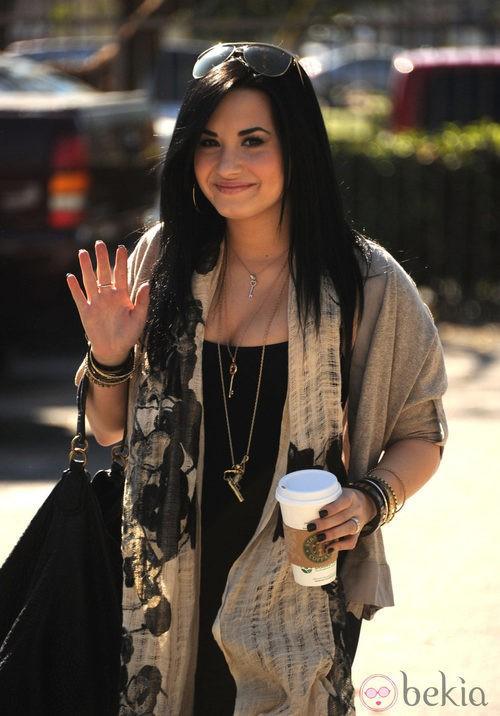 Demi Lovato con media melena morena