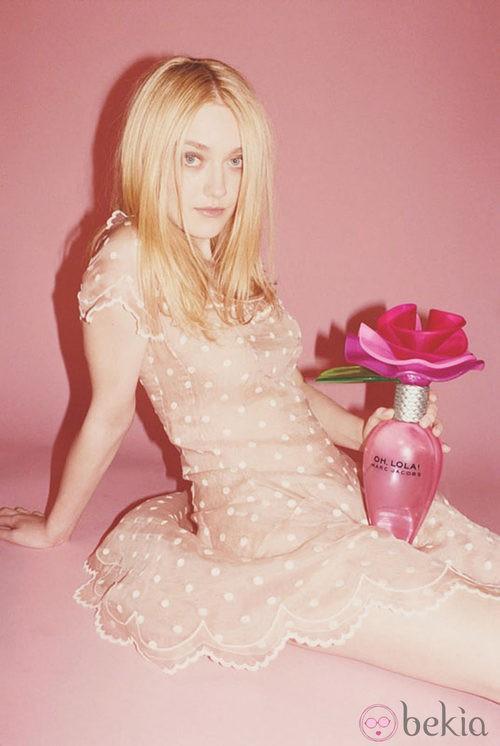 Dakota Fanning para 'Oh, Lola' de Marc Jacobs