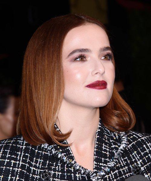 Zoey Deutch en la cena de Chanel tras el Festival de Cine de Tribeca 2019