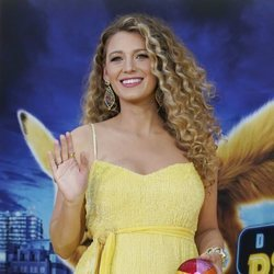 Blake Lively luce un beauty look veraniego en la premier de 'Detective Pikachu'
