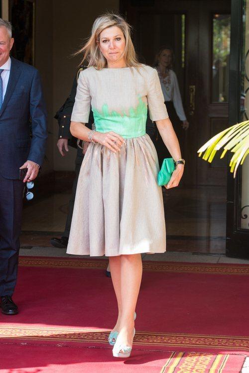 La Reina Máxima de Holanda despeinada en su visita a Etiopía