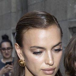 La modelo Irina Shayk reafirma una de las tendencias del momento, el efecto 'no make-uo'
