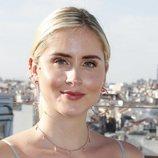 Valentina Ferragni con beauty look romántico en la presentación de su colección de joyas