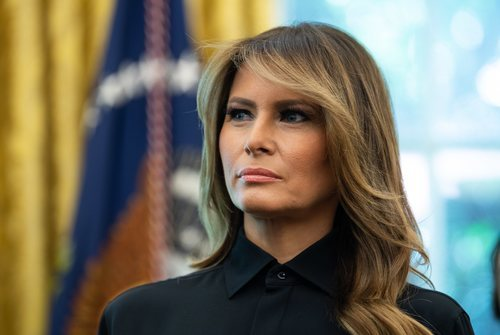 Melania Trump y su envidiable melena con ondas en la Casa Blanca