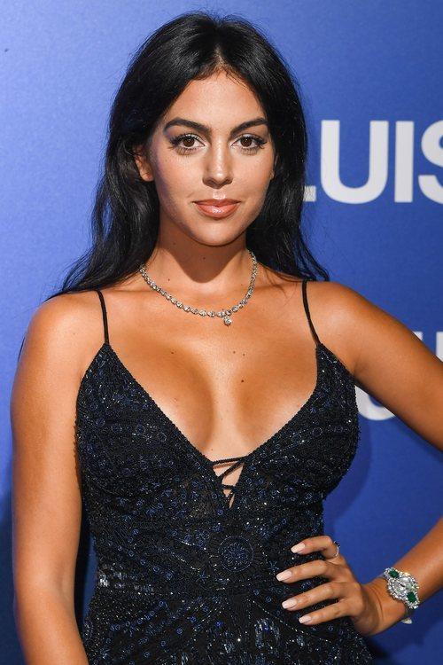 Georgina Rodríguez con un beauty look natural en la Gala Unicef 2019