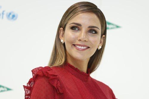 Rosanna Zanetti con un beauty look muy natural en la presentación de una campaña de Unicef