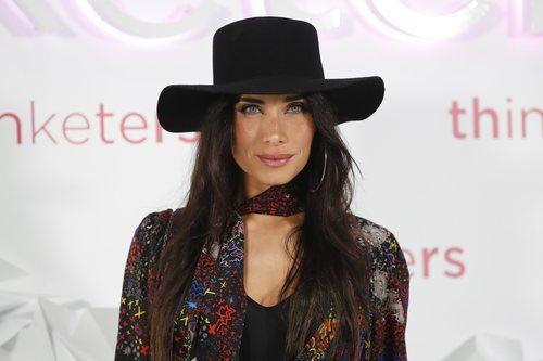 Pilar Rubio con maquillaje elegante en el 25 aniversario de Thinketers