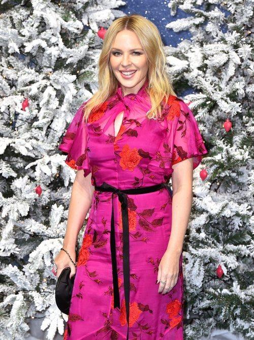 Kylie Minogue con un beauty muy natural en la premiere de 'Last Christmas' en Londres